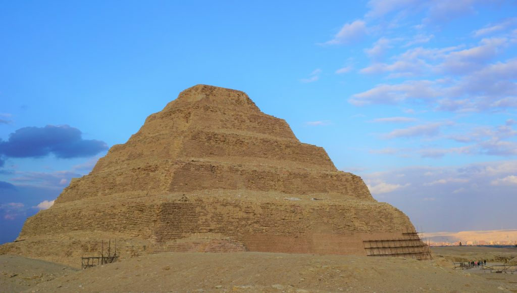 Pirámide Escalonada de Djoser, Saqqara